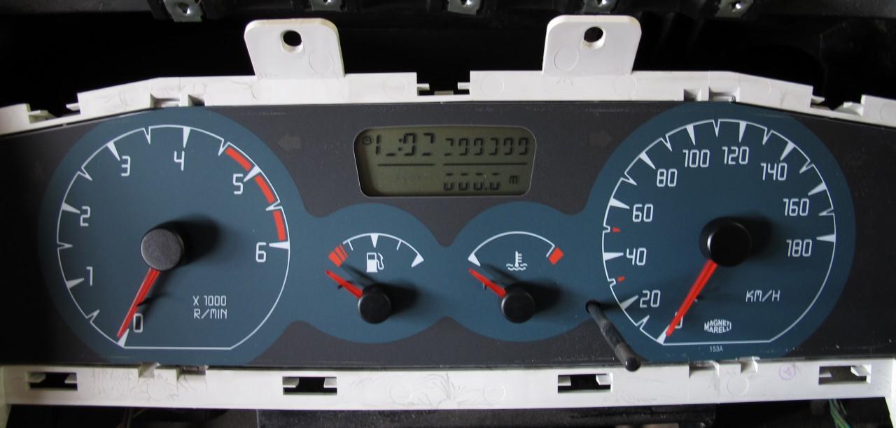 Kombiinstrument Nissan Terrano
